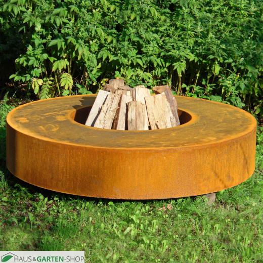 Feuertisch rund  aus Cortenstahl Anwendung