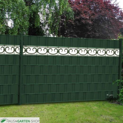 Grüner Sichtschutzzaun mit PVC Design Streifen Motiv Prag