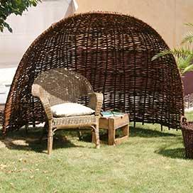 flechtz une weidenzaun paravent und sichtschutz info. Black Bedroom Furniture Sets. Home Design Ideas