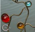 Detailbild Pflanzstangen, handgeschmiedet mit bunten Glaskugeln
