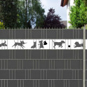 dekoratives Tiermotiv Hunde in der Zaunanlage